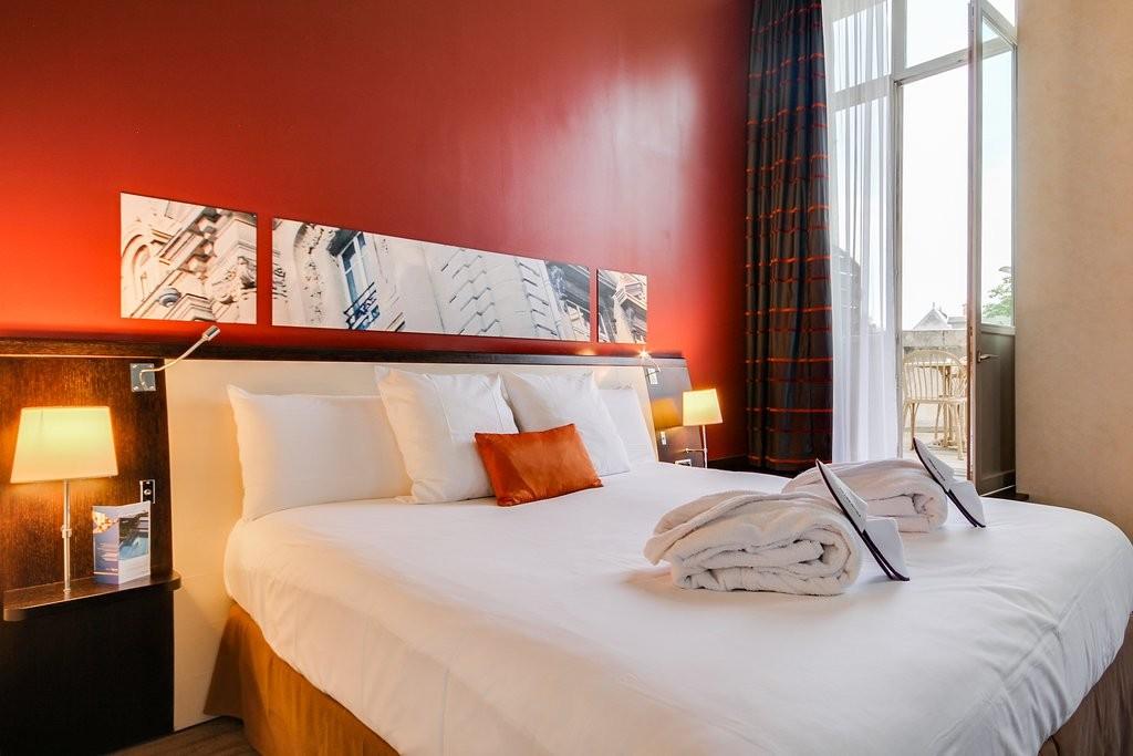 chambre-hôtel-circuitlemans-24h