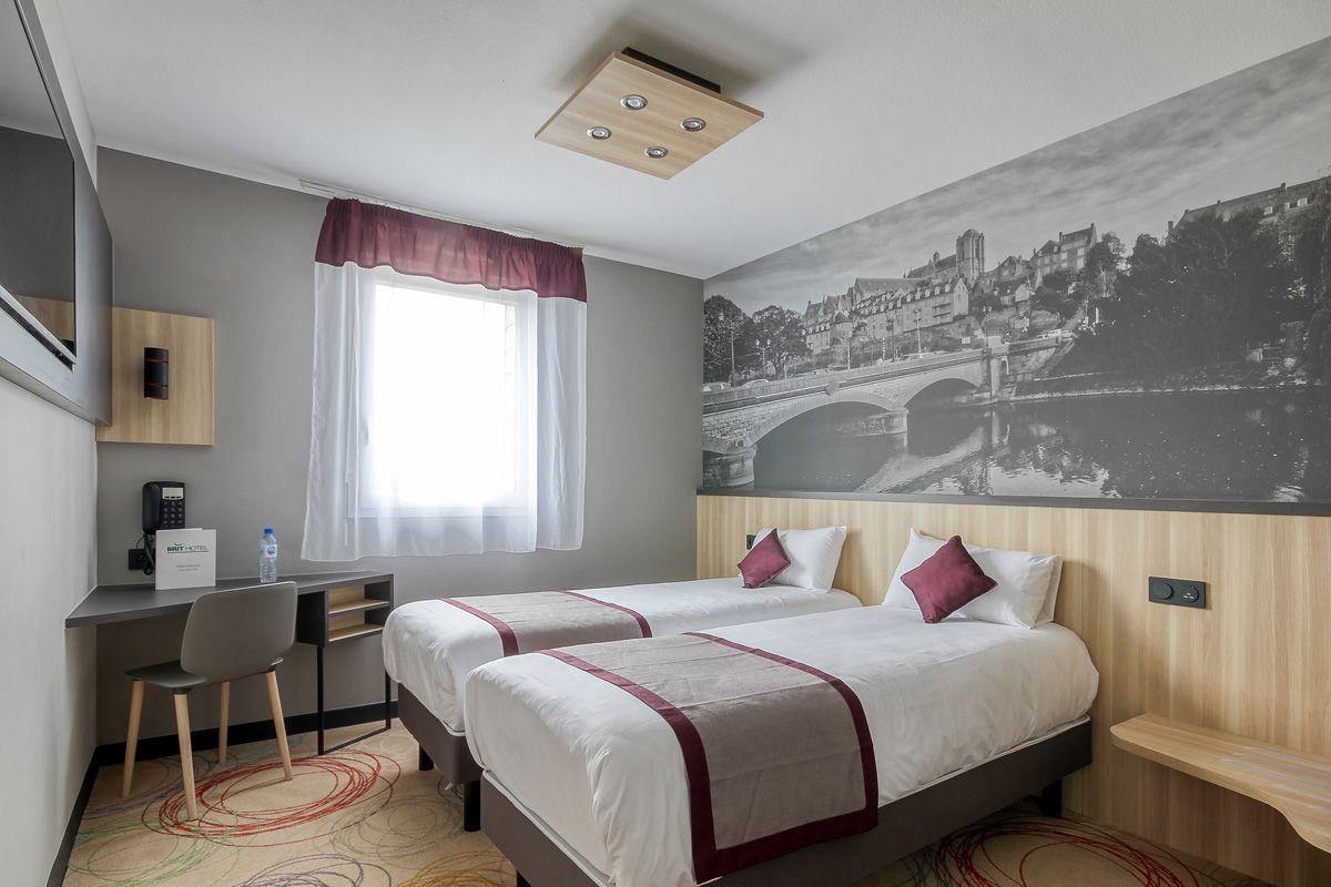 chambre-twin-hotel-le-mans