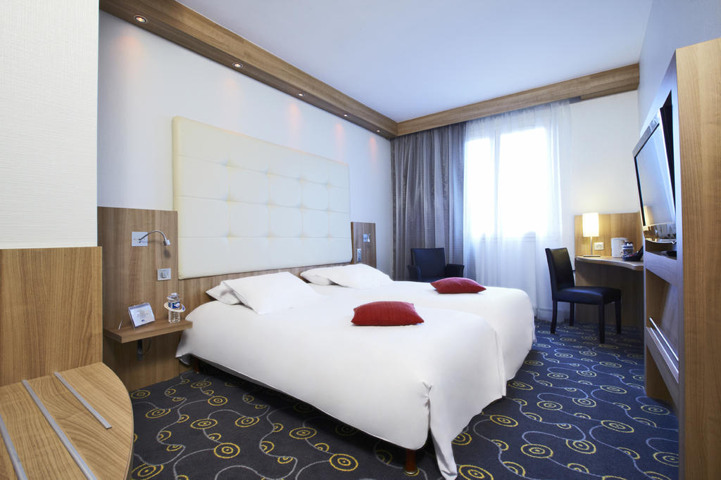 chambre-twin-hotel-le-mans-tours