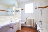 bathroom-hotel-le-mans-tours