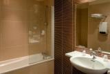 bathroom-hotel-le-mans-tours