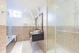 bathroom-hotel-le-mans