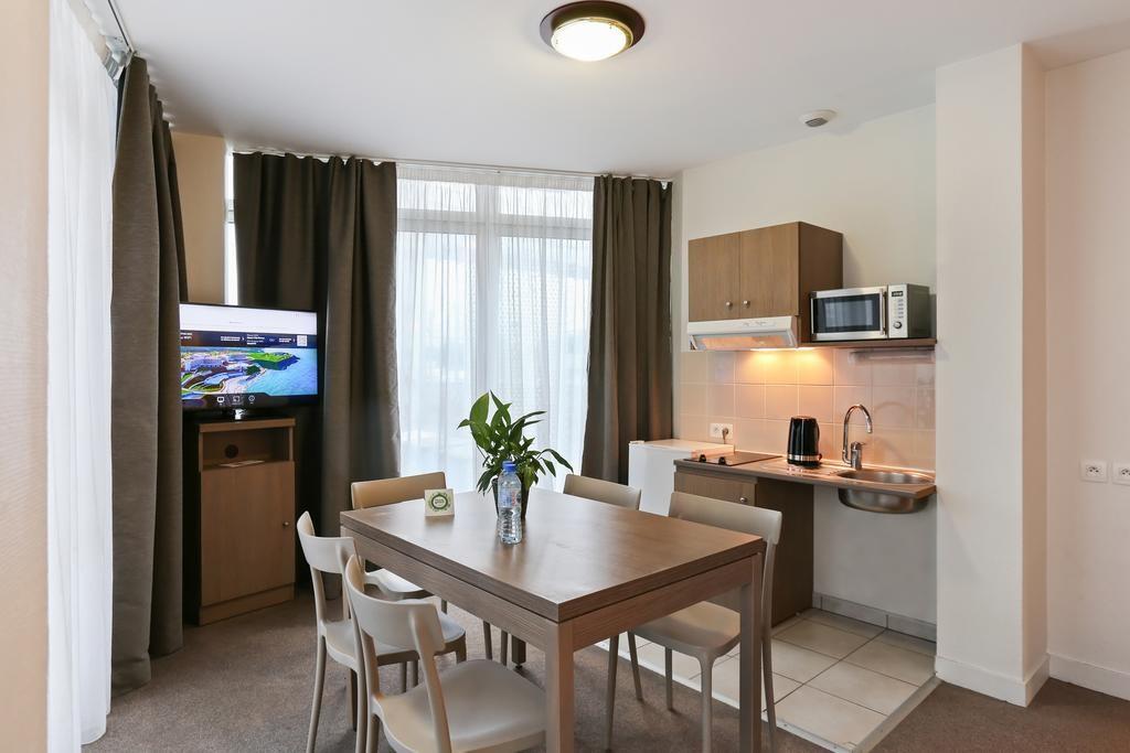 kitchen-hotel-le-mans-circuit-24-hours