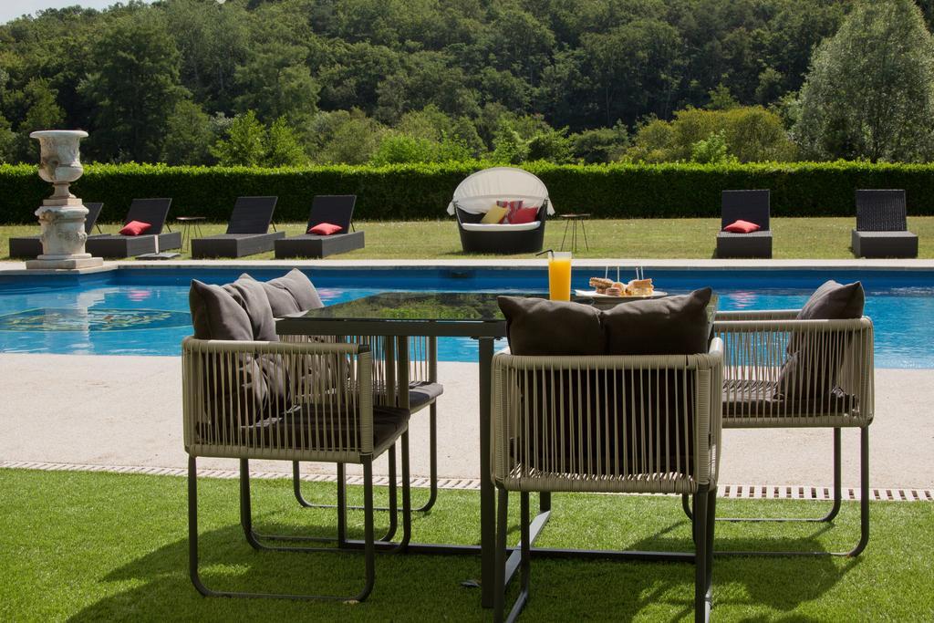 piscine-hotel-le-mans