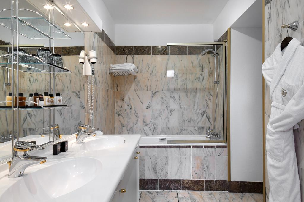 salle-de-bain-hotel-circuit