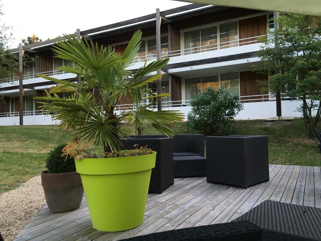 terrasse-hotel-le-mans-circuit