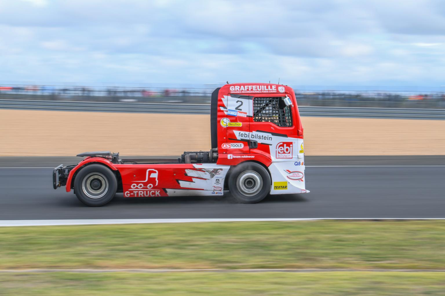 24-hours-trucks-le-mans-circuit