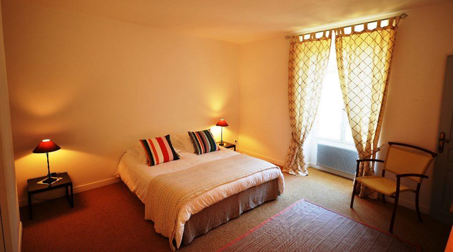 house-cottage-doublebedroom-castle