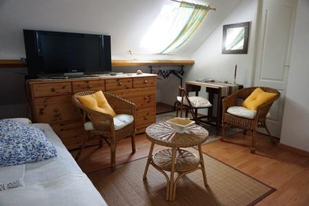Chambre_triple_hôtes_24h_lemans_b&b