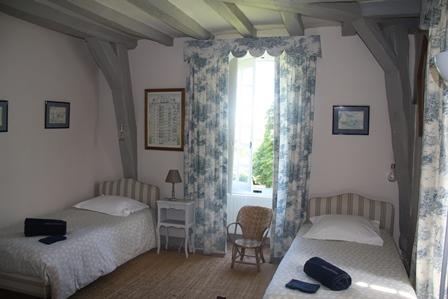 twin-room-castle-le-mans