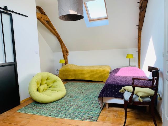 twinbedroom-mansion-circuit