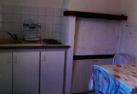 kitchen_guestshouse_24h_lemans_cottage