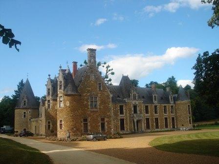 outdoor_le_mans_24h_race_cottage_castle