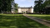 Front&garden_guestshouse_24h_lemans_castel