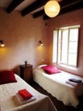 Room-2-in cottage-2-1379-E