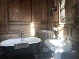 bathroom_guestshouse_24h_lemans_castel
