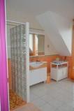 bathroom_guestshouse_24h_lemans_b&b