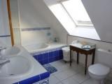 salle_de_douche_bain_toilet_24h_du_mans_b&b