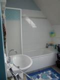 bathroom_lemans_24h_b&b_race