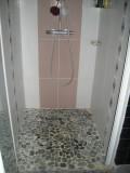 shower-room-B&B-le-mans