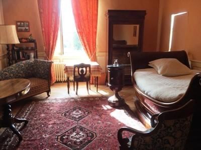 ch-1463-e-room-3-castle-3647