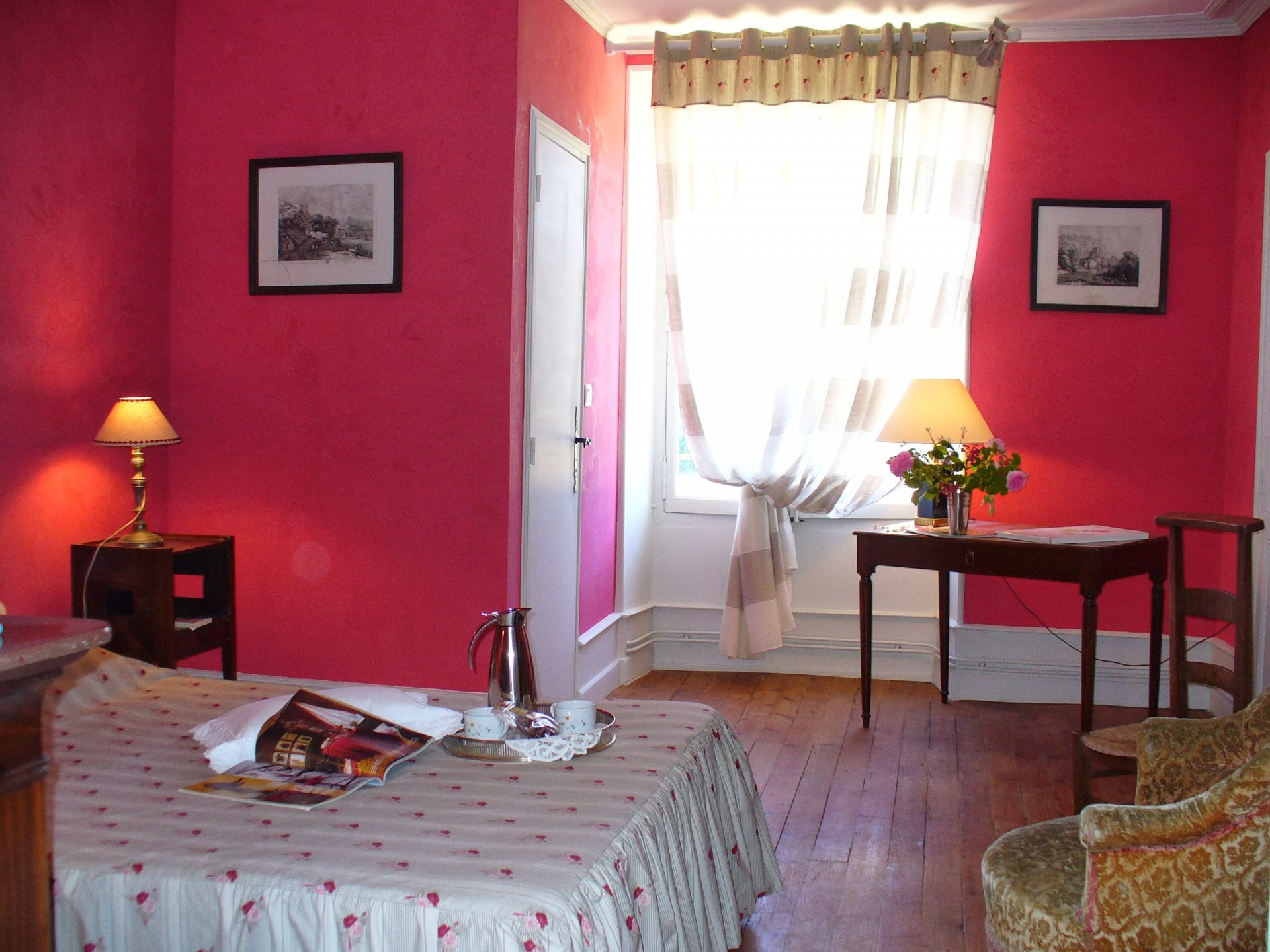 ch-774-s-chambre-rouge-4234