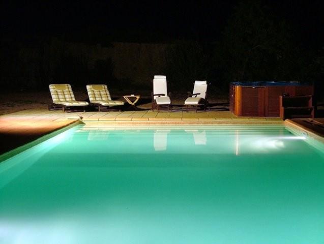 ch-881-n-pool-4260