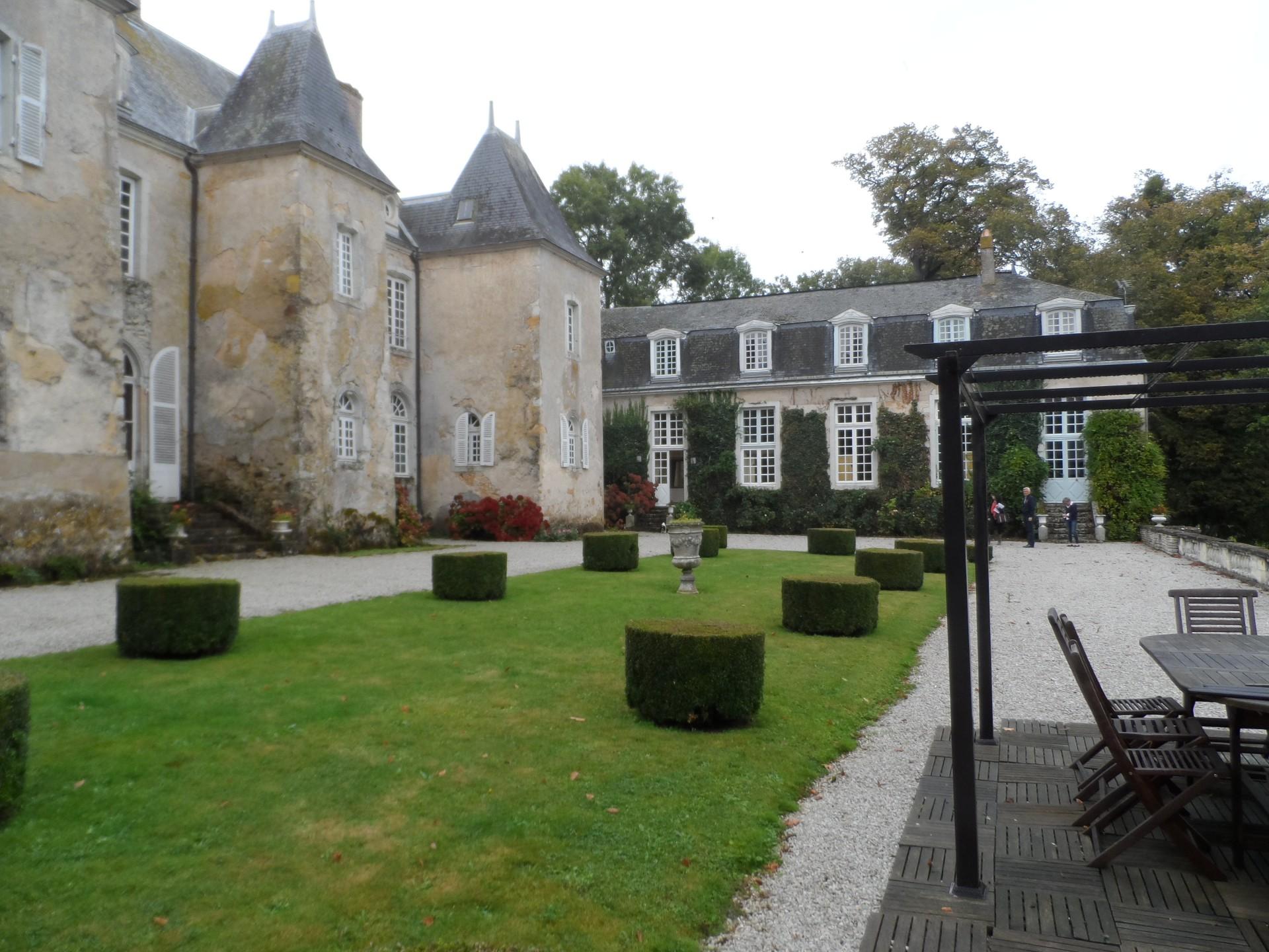 castle-le-mans-circuit-24-hou