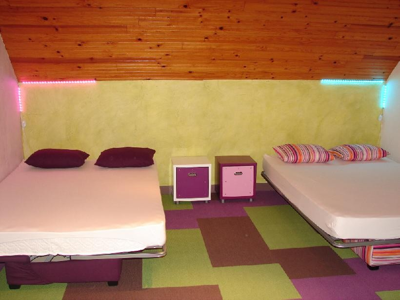 chambre_quadruple_hôtes_24h_lemans_b&b
