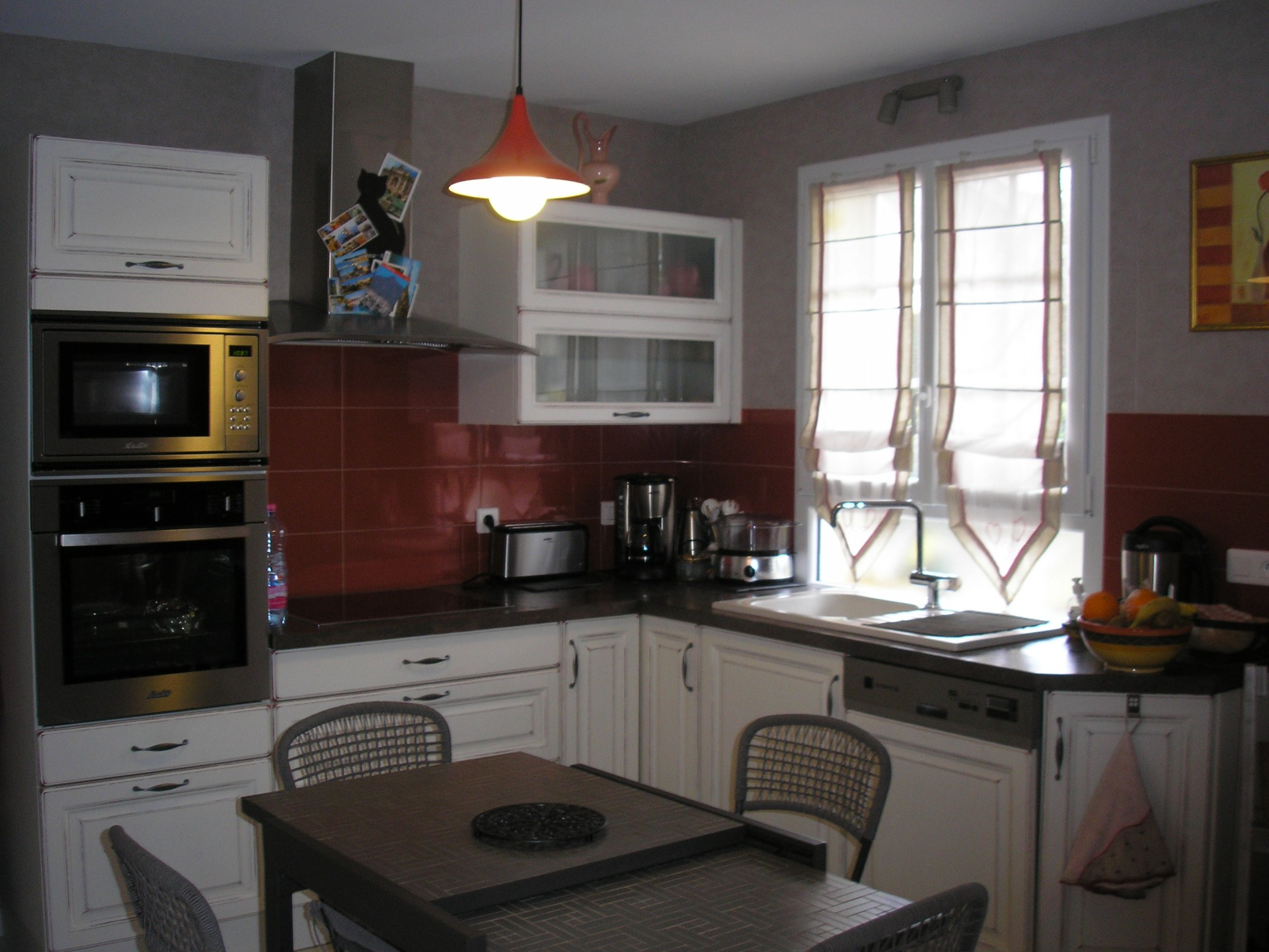 kitchen_24h_le_mans_b&b_guest_house_race