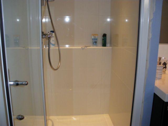 Shower_bath_room_24h_race_le_mans