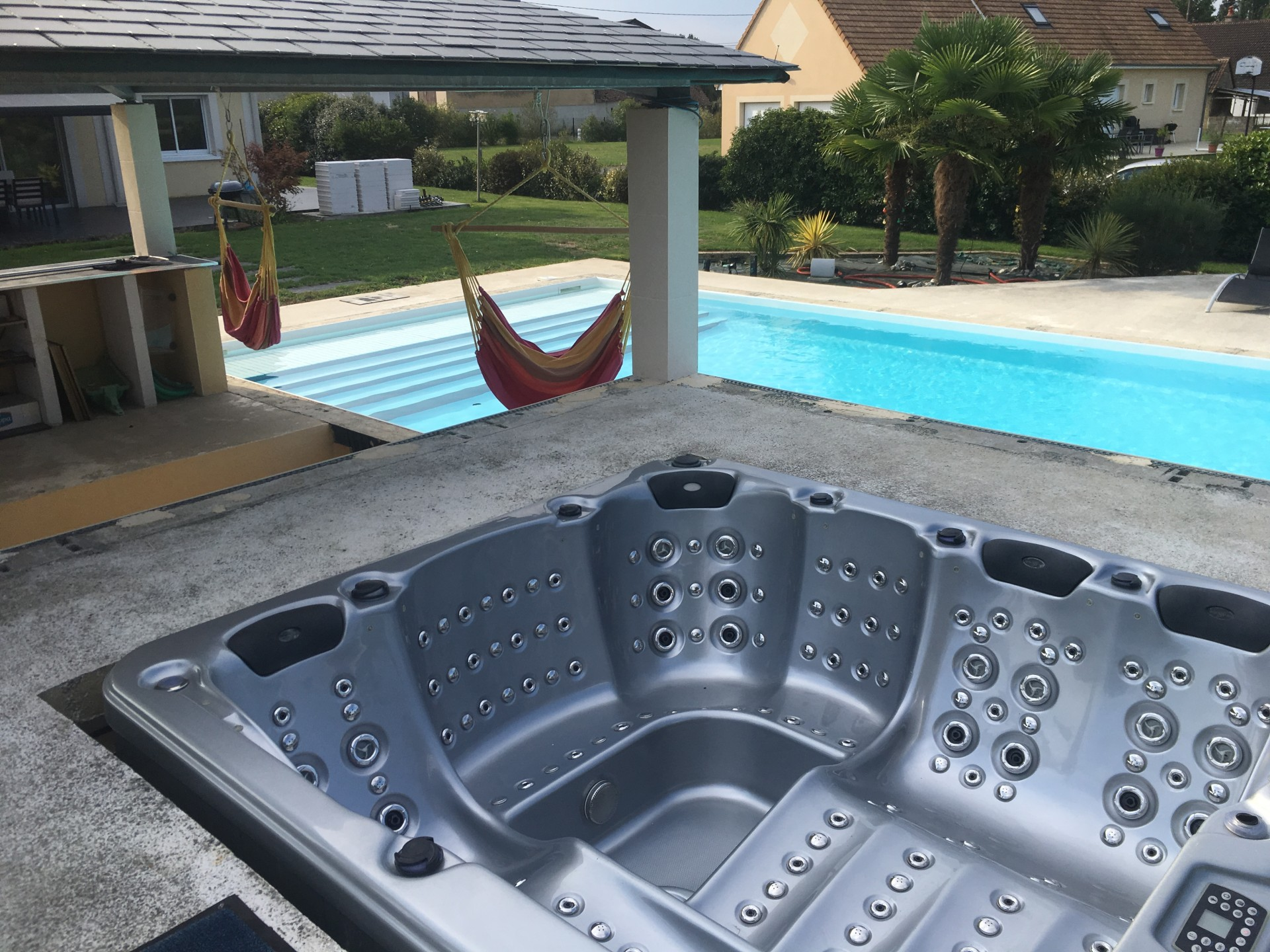 jacuzzi_le_mans_cottage_24h_race