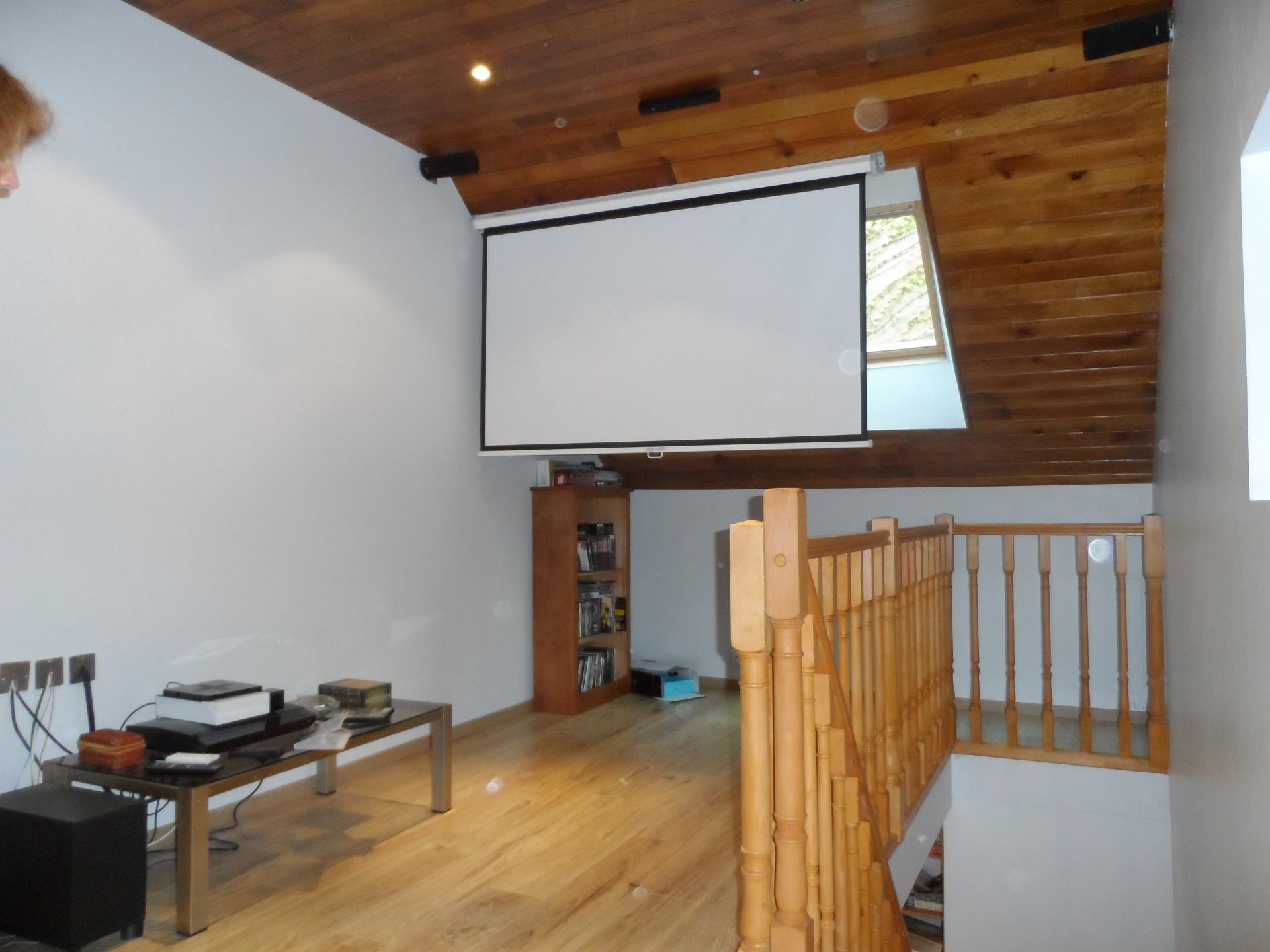 cinema_guestshouse_24h_lamans_castel