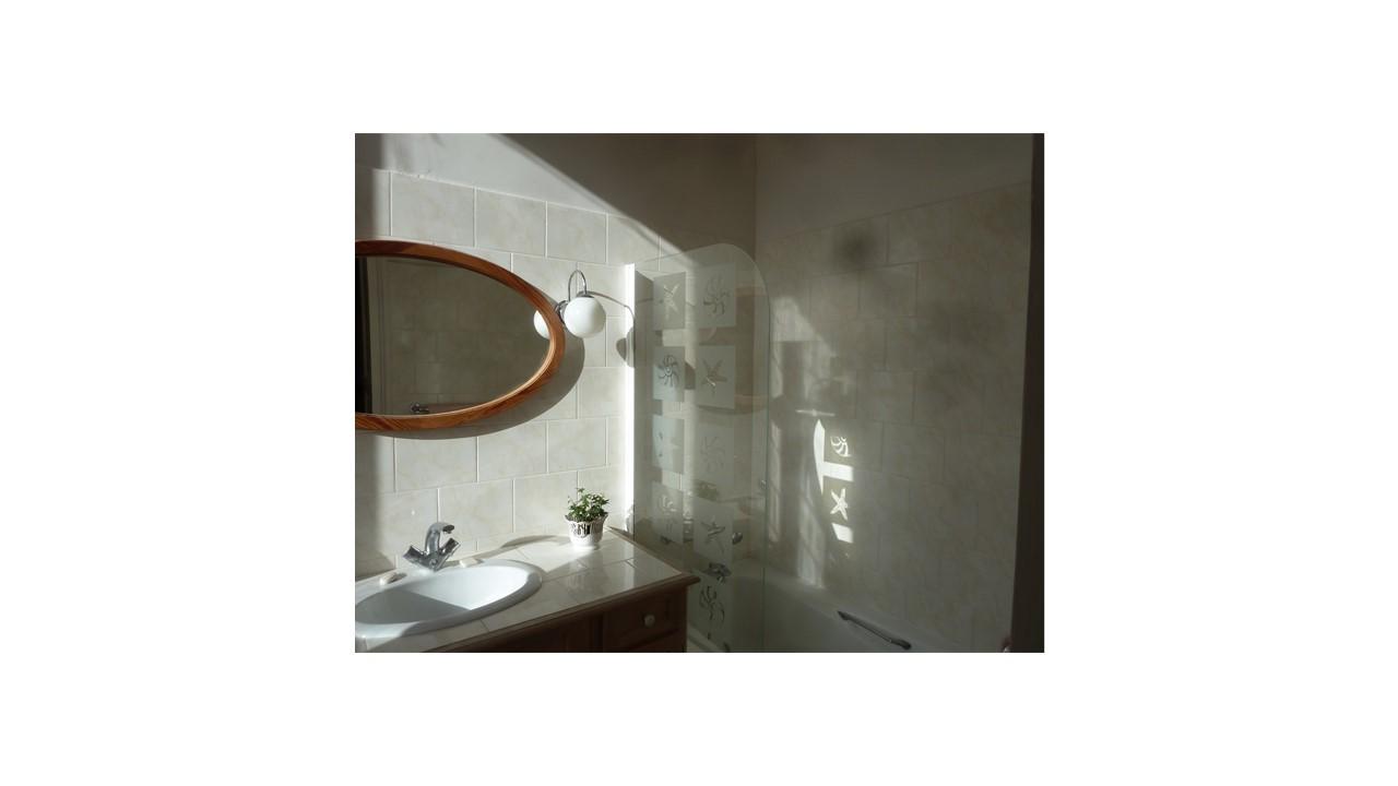 salle_de_bain_hôtes_24h_lemans_château