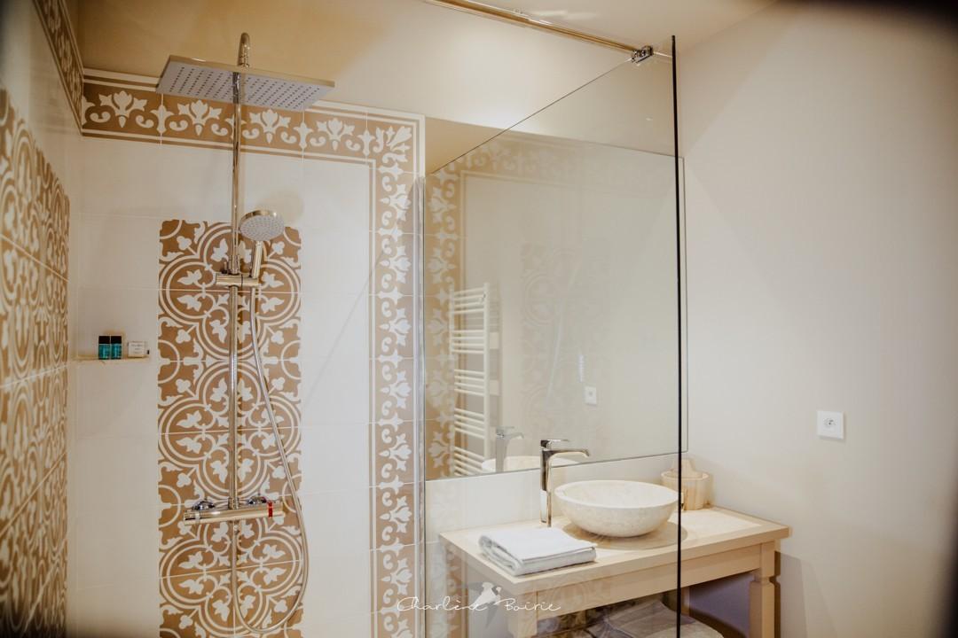 salle_de_douche_bain_toilet_24h_du_mans_gîte
