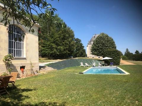 swimming-pool-castle-circuit-le-mans