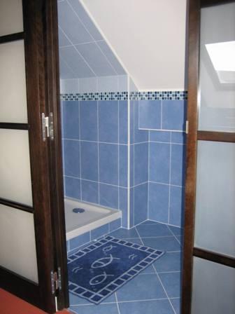 bathroom_b&b_lemans_race_24h