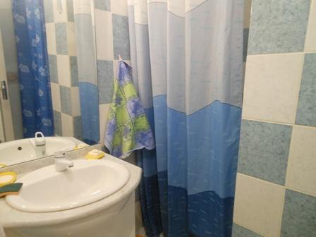 bathroom_le_mans_b&b_race