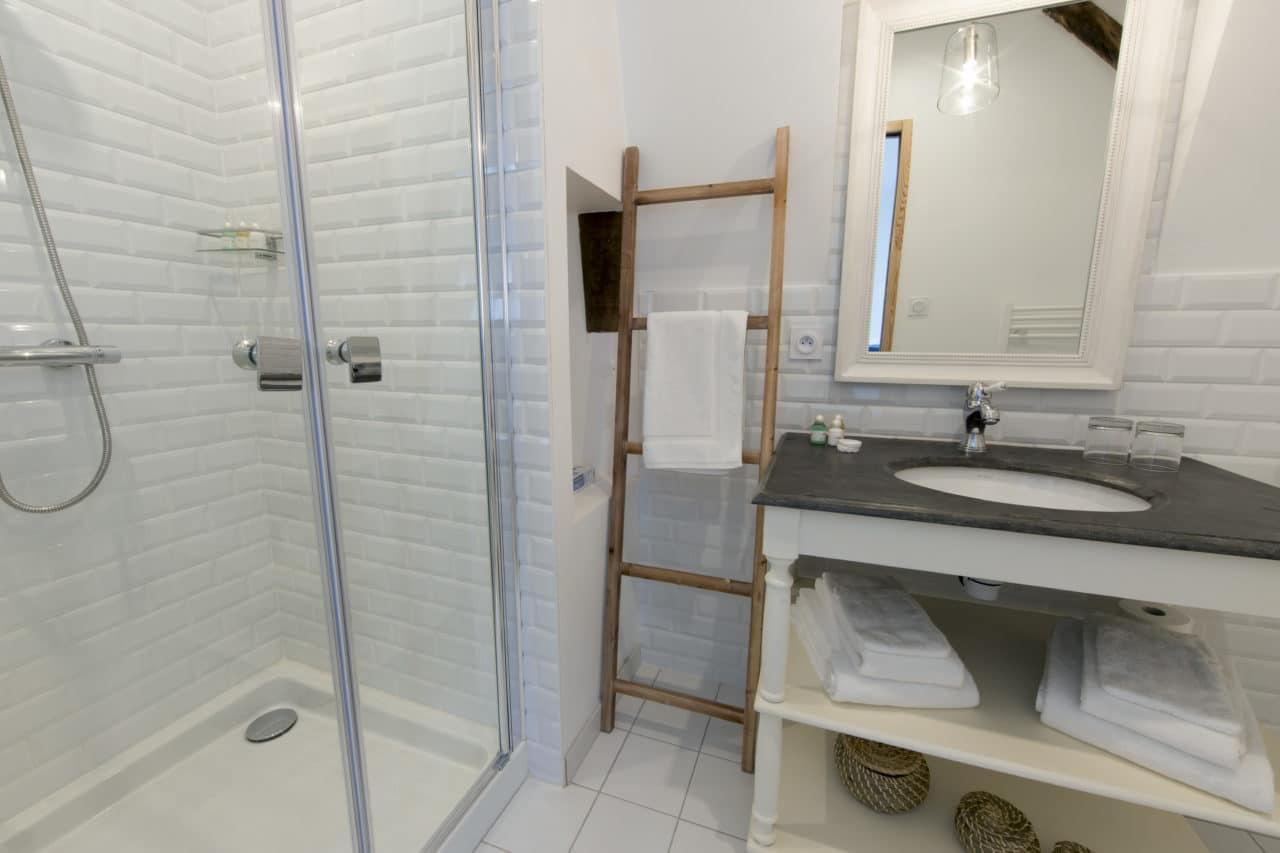 orivate-bathroom-24-hours-circuit-le-mans